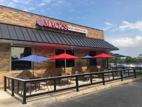 Mack's Grill - Exterior