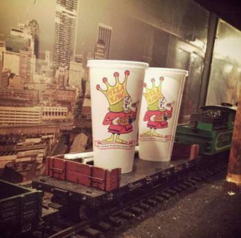Pizza King Station Avon train drinks