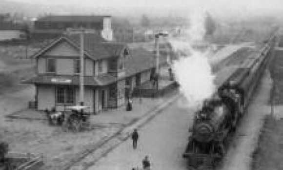 Train_Depot_BW0.jpg