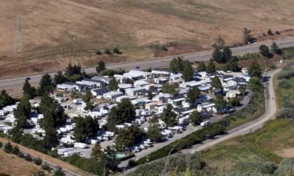 bay-pines-rv-trailer-park-0594 (1).jpg