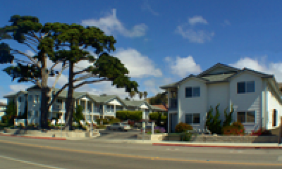 Cayucos Beach Inn.png