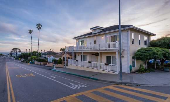 0001_Upper Level Vacation Rental_299 Cayucos.jpg