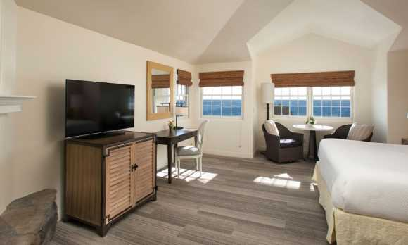Cambria Hotel Suites.jpg