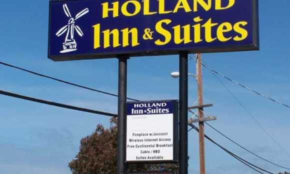holland inn.jpg