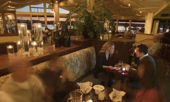 Bar and Sunset w People0.jpg