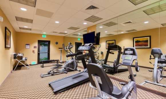 Holiday-Inn-Express-Suites-Atascadero-Fitness-Center-low res.jpg