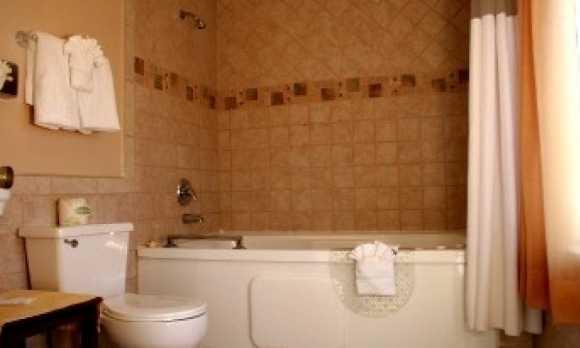 1 bath 2.jpg