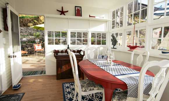 Sun Room / Dining Room