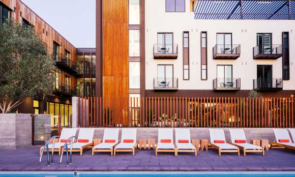 Hotel San Luis Obispo Courtyard