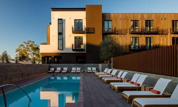 Hotel San Luis Obispo Pool