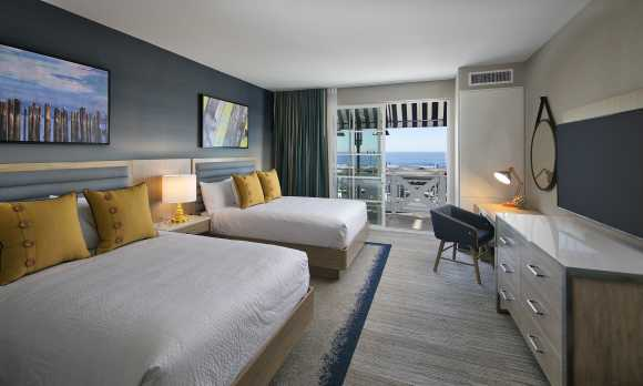 Oceanview 2 Queen Room