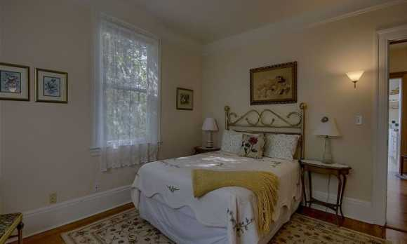 Lightkeeper Bed