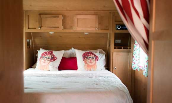 Bliss Bedroom Detail