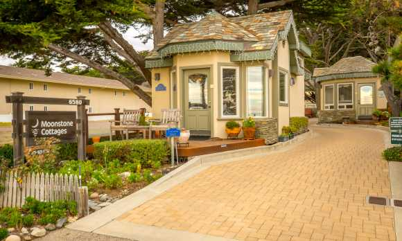Moonstone Cottages