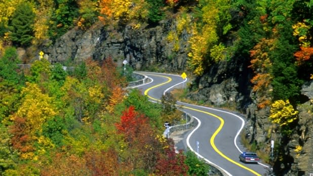 Colorful Fall Drives to Weekend Escapes