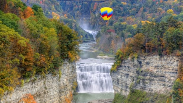 Hot air balloon over Middle Falls in Letchworth State Park