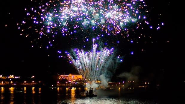 Lake George Fireworks Photo by Renee Photography