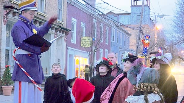 Christmas Carolers Athens Annual Victorian Stroll