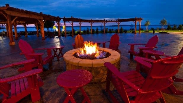 Fire pit at 1000 Islands Harbor Hotel in Clayton