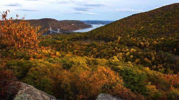 Popolopen Torne via Popolopen Gorge Trail, Offers views of the Hudson River, Anthony's Nose & Bear Mountain Bridge- Hudson Valley Region