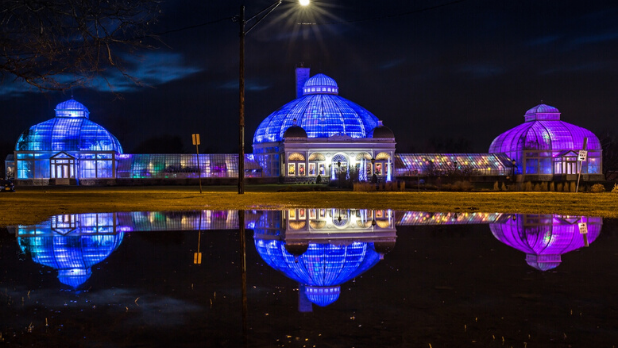 A photo of the exterior of the Buffalo Botanical Gardens during Lumagination