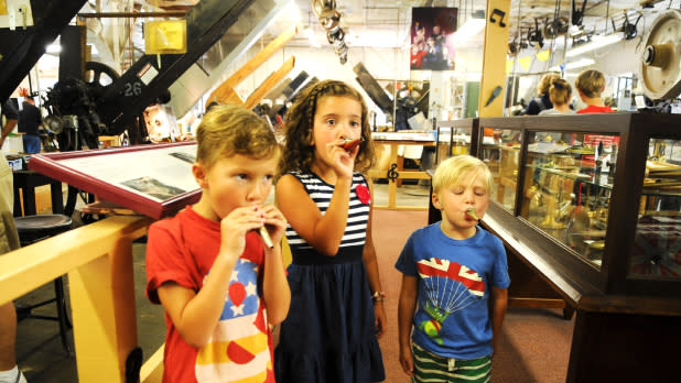 3 kids Visiting Buffalo Niagara-kazoo factory