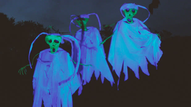 Ghostly Sleepy Hollow Halloween display