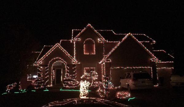 14715 Pioneer Creek Ct. - Best Christmas Light Displays - EAST - Fort Wayne