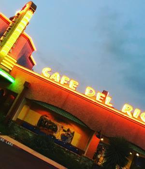 Cafe Del Rio Exterior