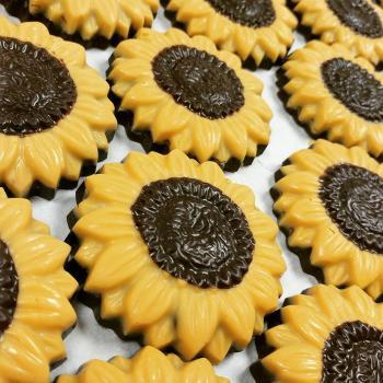 Gourmet chocolate sunflowers at Sweet Granada in Kansas
