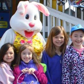 Kids with Easter Bunny on the Outer Banks