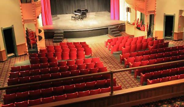 Memorial Opera House Valparaiso