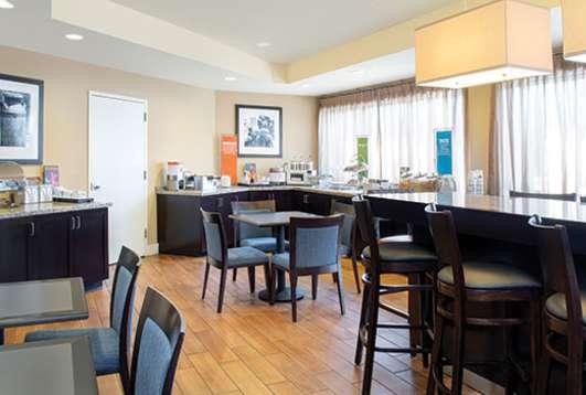 Hampton Inn Merrillville Hotel