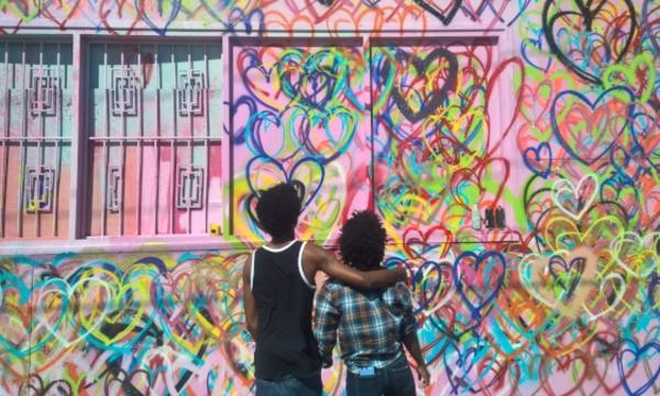 A couple enjoying Graffiti Park