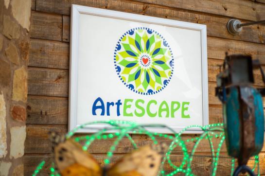 Art Escape listing image