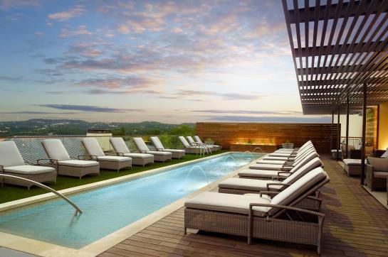 Mokara Spa - Rooftop Pool