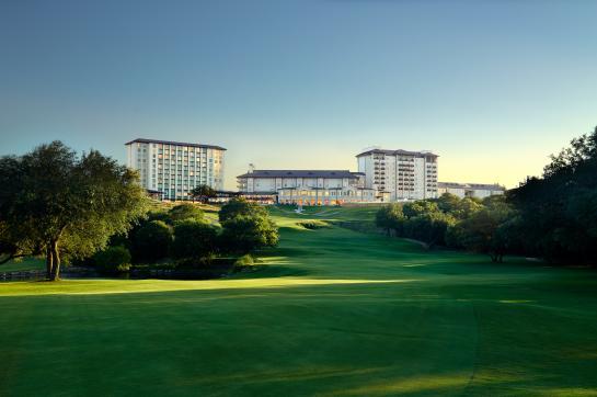 Exterior - Golf Course Background