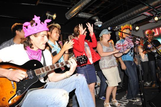Corporate Rockstars: Rock N Roll Teambuilding