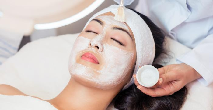 Newport Face N Body Deluxe Facial Irvine