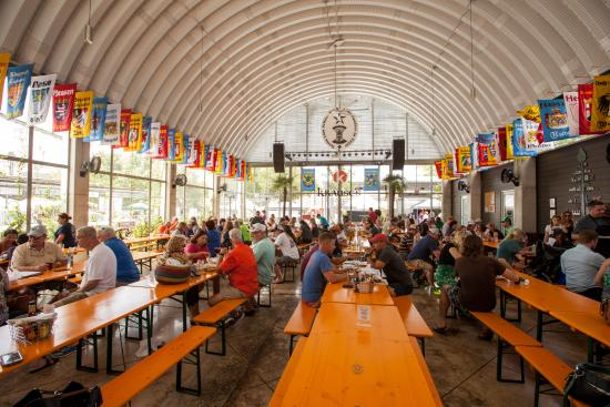 Krause's Cafe Biergarten
