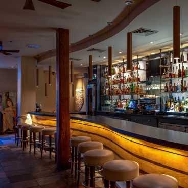 GW Fins Bar