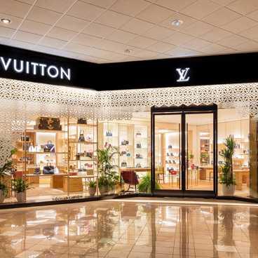 Louis Vuitton Canal Place