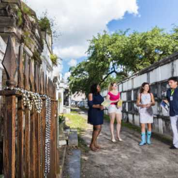 Lafayette Cemetery No. 1- Uptown Cemetery