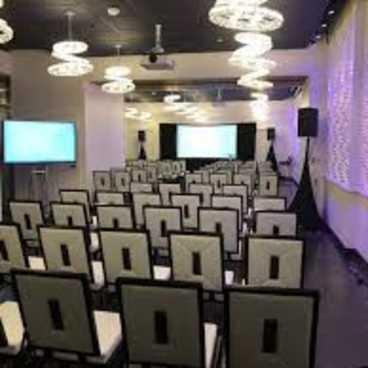 Mitey AV-Breakout Room