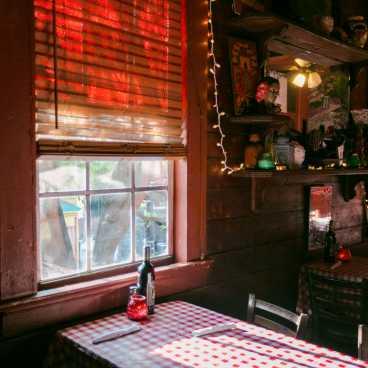 Adolfo's Restaurant, Frenchmen Street
