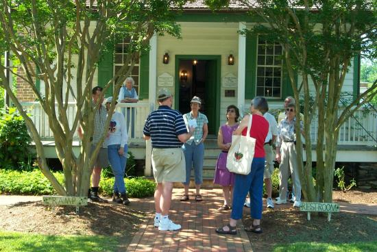 Historic Hillsborough Guided Walking Tour