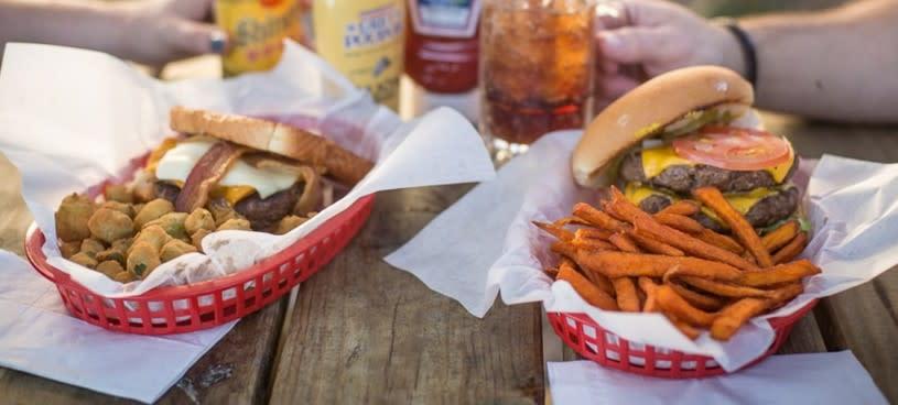 Live Oak Burgers