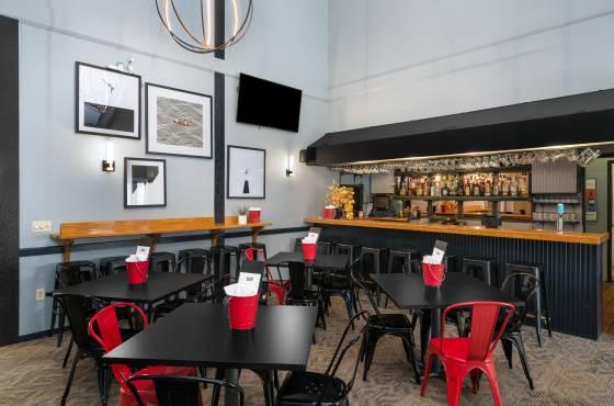 Ptom's Brunch and Bar