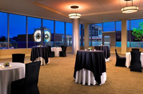 Lake Washington Meetings & Weddings Room