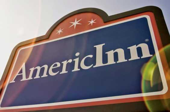 AmericInn Sign